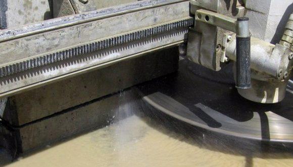 Nagyszerű árakon igényelhet profi betonvágást.