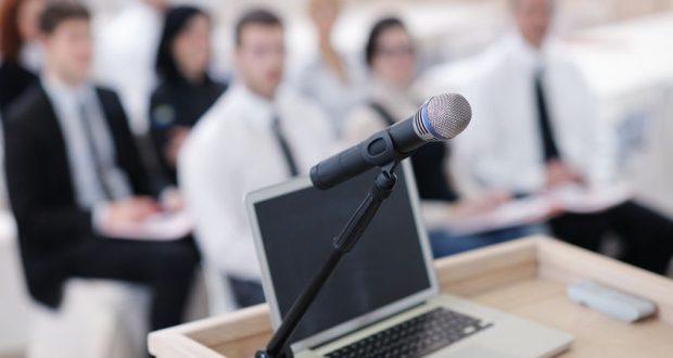 Tolmácsgépet bérelhet konferenciákra és egyéb rendezvényekre.